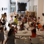 Niños en la escuela de verano.
