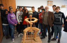 Paco Granja junto a sus alumnos y obra